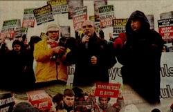 Darbeciler Protesto Edildi