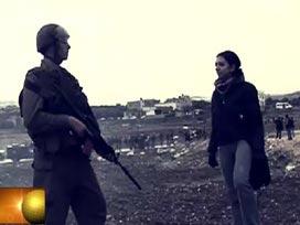Filistinli Çocuklar İçin Canlı Kalkan Oldu