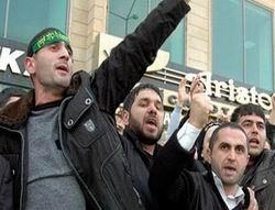 Baküde Başörtüsü Eylemcileri Hapse Atıldı