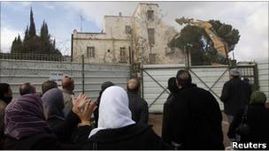 İsrail Doğu Kudüste Yıkımlara Tekrar Başladı
