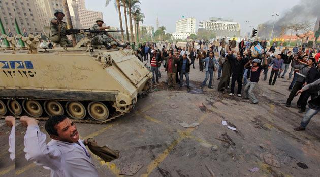Kahire Alev Alev Yanıyor, İntifada Sürüyor
