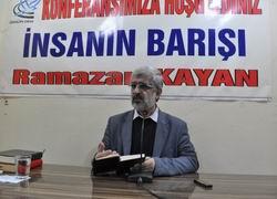 """Diyarbakır'da """"İnsanın Barışı"""" konferansı"""
