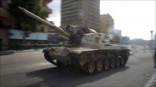 Mısırda Ordudan Güç Gösterisi