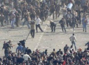 Milisler, Tahrir Meydanını Kana Buladı!