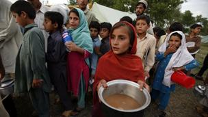 20 Bin Sivil Pakistan Operasyonundan Kaçıyor