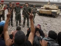 El Kharga'da Mübarek Karşıtı Gösteride 3 Kişi Öldü