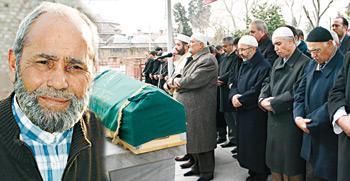 Duran Kömürcü Dualarla Uğurlandı