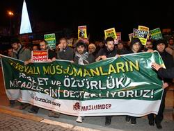 Libya Konsolosluğu Önünde Protesto