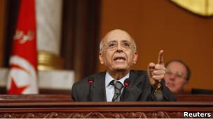 Tunusun Geçici Başbakanı da İstifa Etti