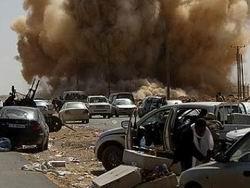 Suriyeli Pilotlar Libya Halkını Bombalıyor
