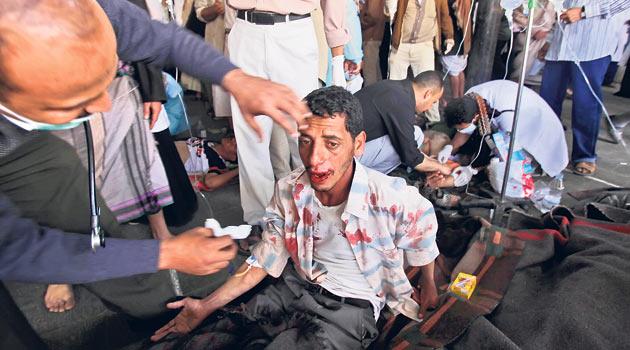 Yemen Polisi, Muhalefet Kampını Bastı: 2 Ölü