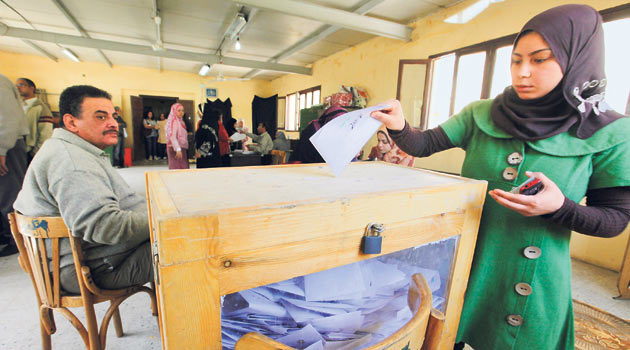 Mısırda Referandumda %77 Evet Oyu