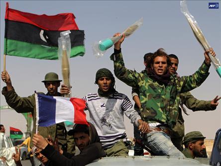 İsyancılardan Kaddafiye Ateşkes Teklifi