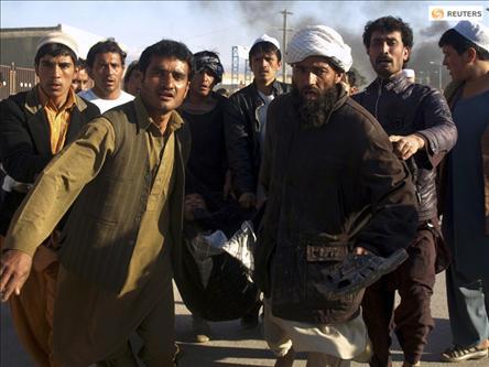 Afganlar BM Merkezini Bastı: 12 Ölü