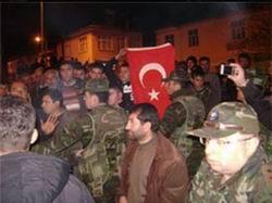 PKKlı Cenazesine Katılınca Linç Edilmek İstendi