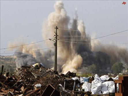 Siyonistler Gazzeyi Bombaladı: 3 Şehit
