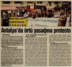 Antalyada Örtü Yasağına Protesto