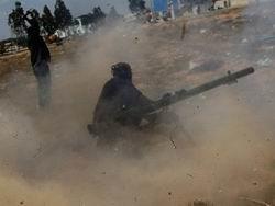 Kaddafi'ye Bağlı Birlikler Misrata'dan Çekildi