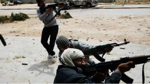 Libyalı İsyancılardan Ateşkes Önerisine Ret