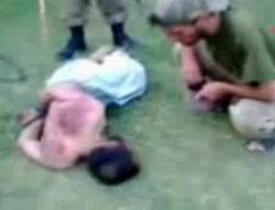 Taliban Mensupları Ölümüne Dövülüyor
