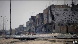 NATO Saldırısında Libyalı İsyancılar Öldü