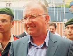 Balyozcu Paşadan Mahkemeye Tehdit