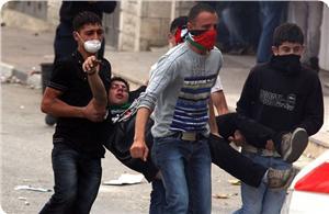 Ramallahta Yaşanan Çatışmalarda 150 Filistinli Yaralandı