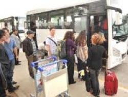 İsrailli Tiyatrocular Antalyayı Terk Etti