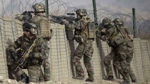 Afganistan Saldırısında 4 NATO Askeri Öldü