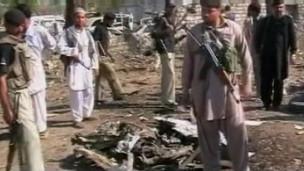 Pakistanda Bombalı Saldırı: 32 Ölü