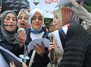 Suriyeli Öğrenciler Esad'ın Katliamını Kınadılar