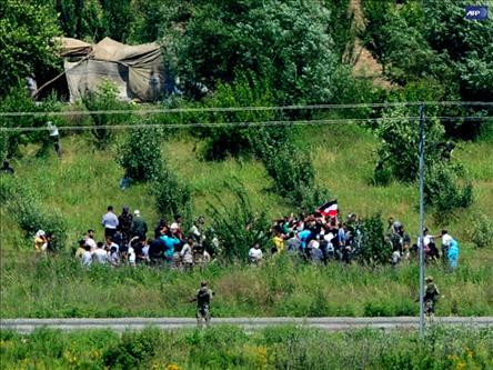 Türkiye'ye Sığınanların Sayısı 4 Bini Geçti