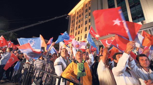 AK Partiye Atatürkçü-Kemalistler de Oy Vermiş!
