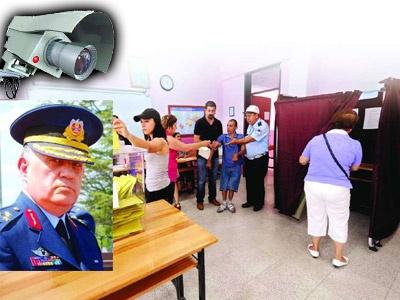 Seçim Sandığına Balyoz Kamerası