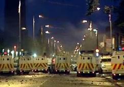 Kuzey İrlandada Mezhep Çatışmaları Dinmedi