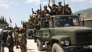 Suriye Ordusu Sınırlarda Konuşlanıyor