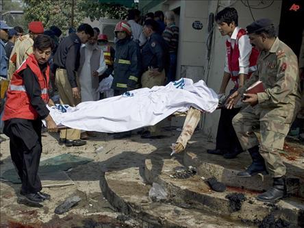 Pakistanda Karakola Saldırı