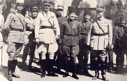 İşgalciler İstanbuldan Başları Eğik mi Çıktı?
