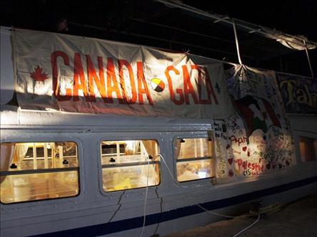 Aktivistleri Gemiye Kapattılar