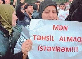 Azerbaycandan Başörtüsü Eylemcilerine Hapis