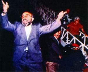 'Erçakmak'ı Mezardan Çıkarıp, Darağacında Asın!'