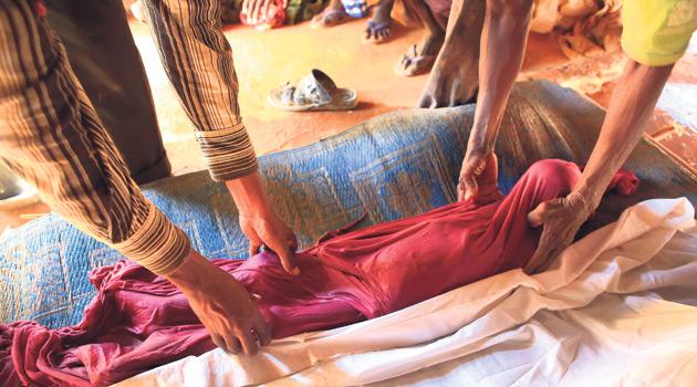 Somalili Çocuklar Kamp Yolunda Ölüyor