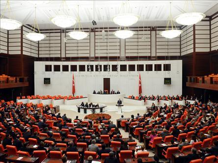 Suriyeye Operasyon Yetkisi Tezkeresi Mecliste