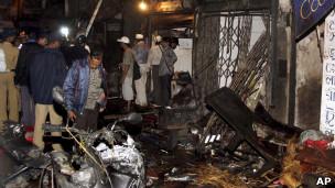 Mumbaide Patlamalar: 21 Ölü 113 Yaralı