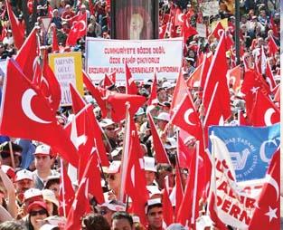 Gümrükçüden 'Cumhuriyet Mitingleri' İtirafı