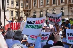 İngiltereyi Protesto; Raid Salah'a Özgürlük!