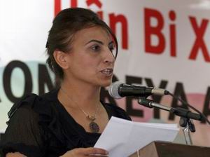 """""""Barış İçin Öcalan Ev Hapsine; PKK Sınır Dışına!"""""""