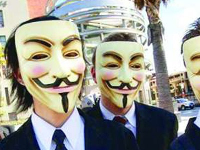 Anonymous Grubu FBI ve İngiliz Polisini Dinledi