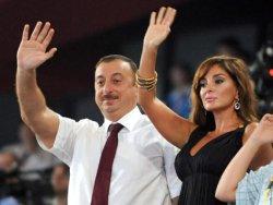 Aliyevin Başörtüsü Ambargosu