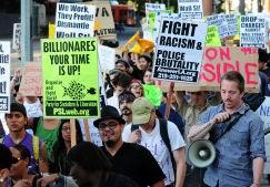 'Wall Street'i İşgal Et' Protestosu Sürüyor